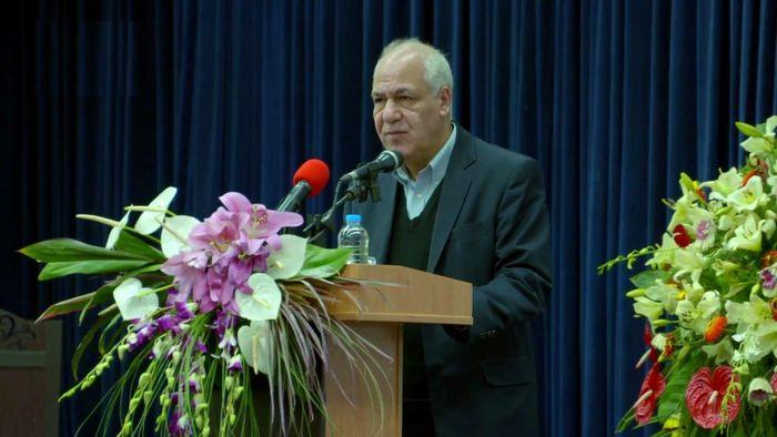 حسین اسفهبدی مدیر برتر نمایشگاه تهران شد