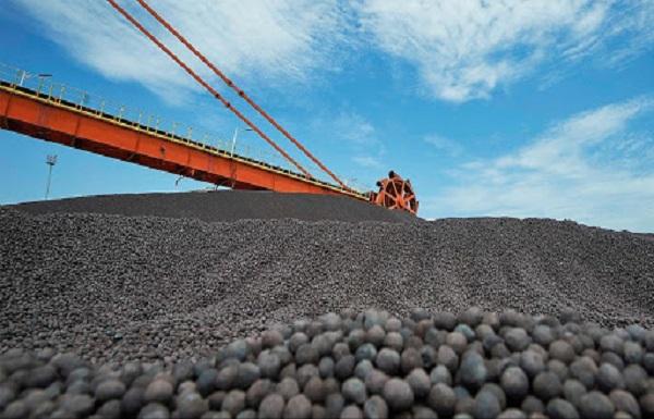 ۲۰ درصد آهن اسفنجی کشور در سیرجان و بردسیر تولید میشود
