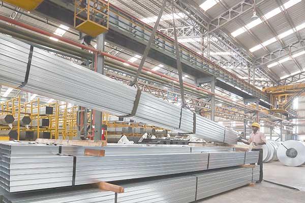 ضرورت تسهیل صادرات محصولات نهایی فولاد