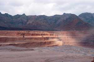 ضرر بخش معدن از بیسروسامانی یک وزارتخانه