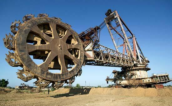 معافیت گمرکی ۱.۲ میلیارد دلاری ماشینآلات صنعت و معدن