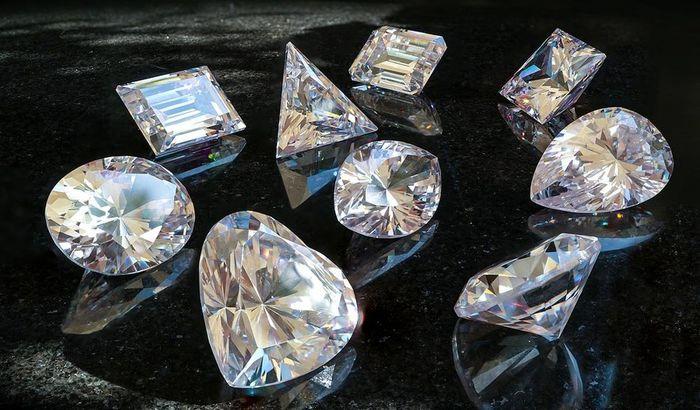 کاهش چشمگیر فروش الماس در دنیا
