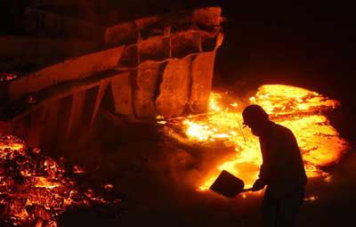 مشعل گاز پروژه فولاد قاینات با حضور استاندار خراسان جنوبی روشن شد