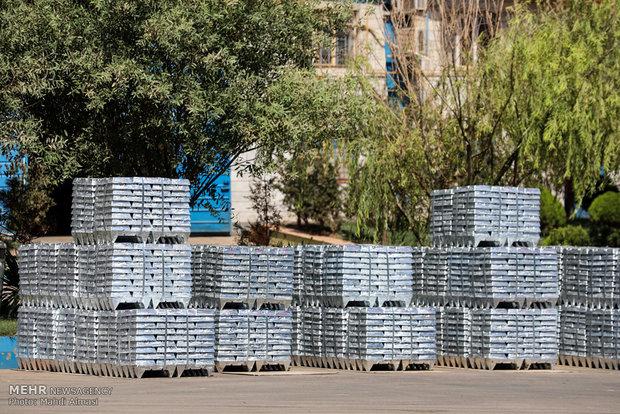 اخراج ۳۰۰ کارگر از «کالسیمین» رد شد