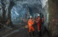 وجود ذخیره ۲۰ میلیون تنی مواد معدنی در میامی