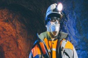 ۴ فناوری که جان کارگران معادن را حفظ میکند