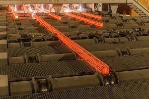 امکان عرضه همه محصولات فولادی در بورس وجود ندارد