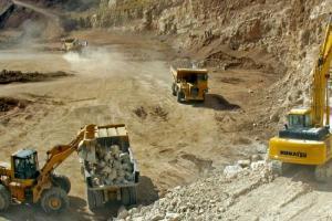 صادرات پرهزینه مواد استخراجی از معادن ایران