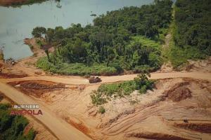 استقبال سرمایه گذاران از خصوصیسازی صنعت الماس در آنگولا