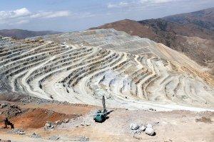 رشد ۷.۶ درصدی صدور پروانه بهرهبرداری معدنی در ۱۱ ماهه سال ۹۹