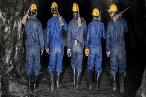 مرگ یک کارگر در حادثه تونل معدن ذغال سنگ هجدک راور