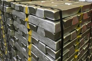 فولاد، آلومینیوم و طلا در تالار صنعتی